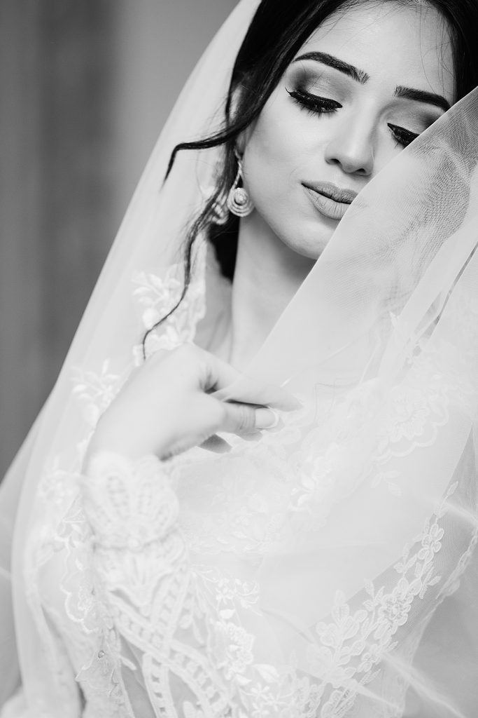 Wear Your Hair in a Stunning Vintage Hairstyle! | Las Vegas Wedding ...